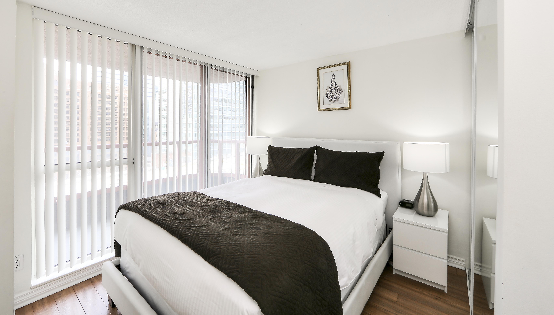 Canada Suites 2 Bedroom 2 Bathroom Suite - The Second Bedroom