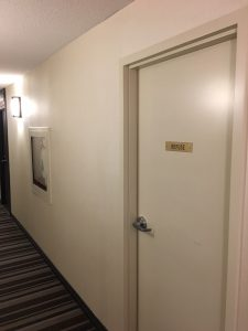 Canada Suites On Bay - Refuse Room